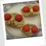 Crostini alla guacamole