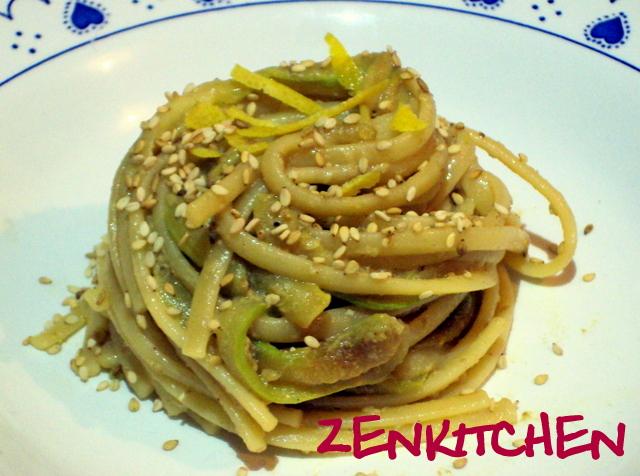 spaghetti_tahin_zucchine_limone