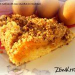 Crostata di albicocche con crumble di mandorle