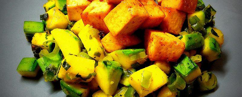 tofu con zucchine