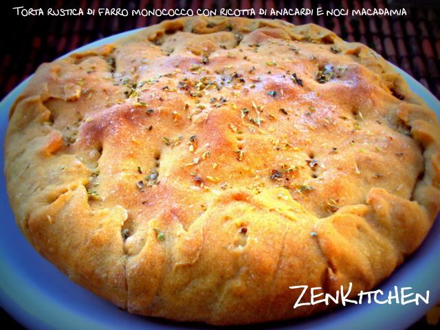 Rustica di farro, verdure e crema anacardi e macadamia