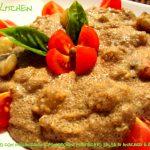 Amaranto con melanzane e pomodorini mantecati con salsa di anacardi al basilico