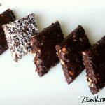 Dolcetti di raw cacao e datteri