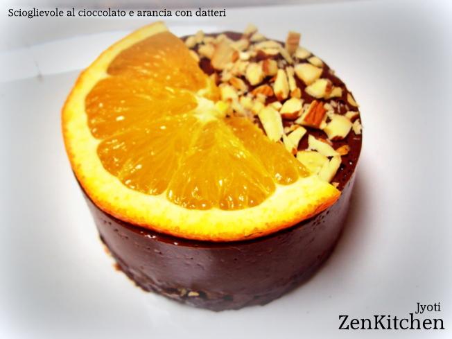 Torta scioglievole al cioccolato e agrumi